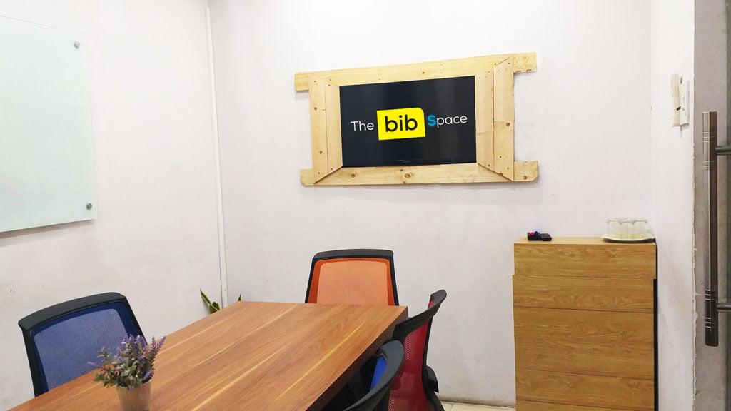 Cho thuê phòng họp có tivi giá rẻ quận 1 tphcm sức chứa 09 người tại The bib Space