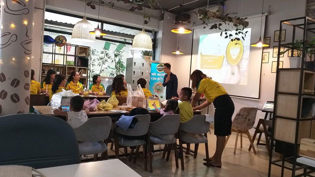 Tổ chức buổi họp nhân viên giá rẻ tại quận Phú Nhuận HCM The bib Space