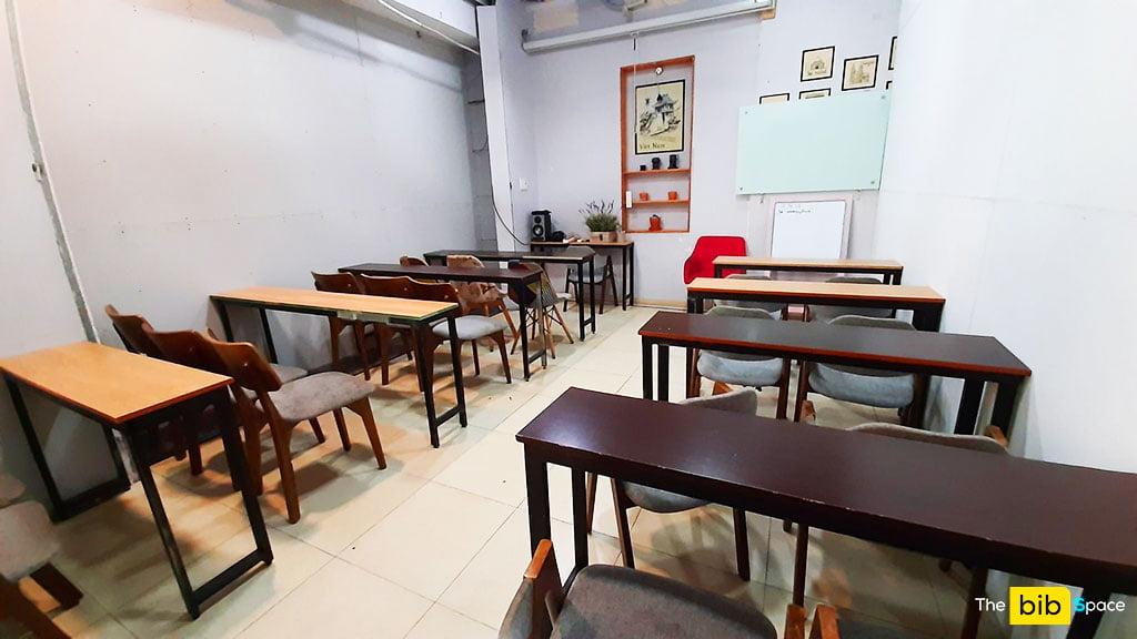 Phòng họp giá rẻ có máy chiếu cho 15 người tại quận Phú Nhuận HCM The bib Space