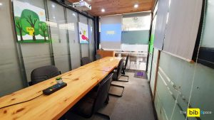 Phòng dạy học giá rẻ tại quận Phú Nhuận The bib Space