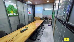 Cho thuê phòng học có máy chiếu 10 người giá rẻ quận Phú Nhuận The bib Space