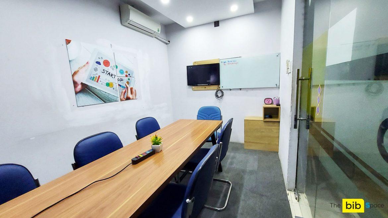 Cho thuê phòng dạy học có tivi 32 inches tại quận Phú Nhuận The bib Space